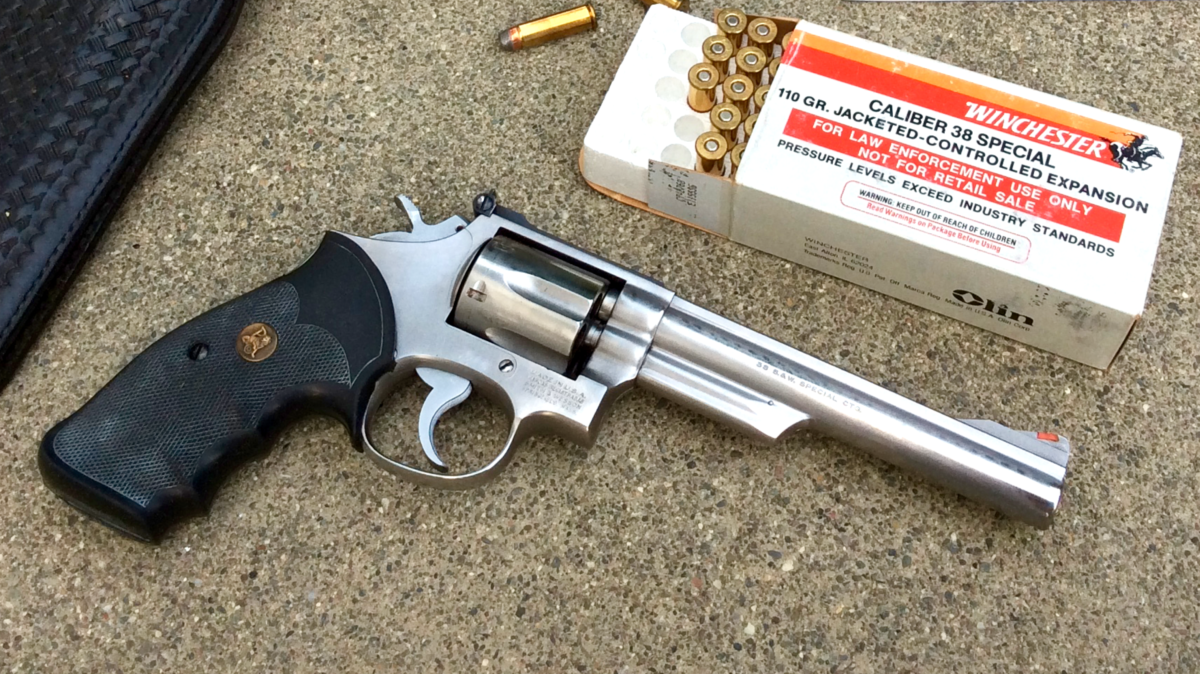 Missing Link: The Smith & Wesson Model 68