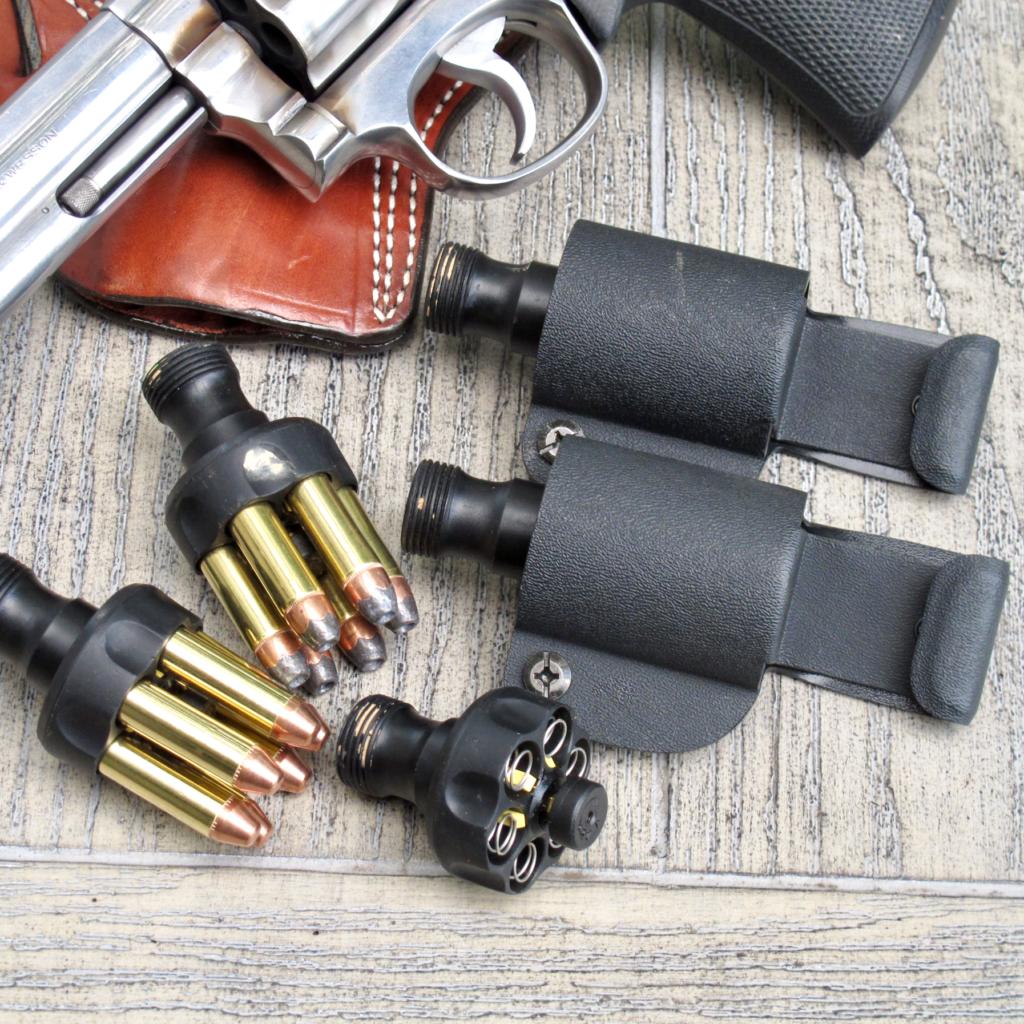 Revolver Competition Gear 6