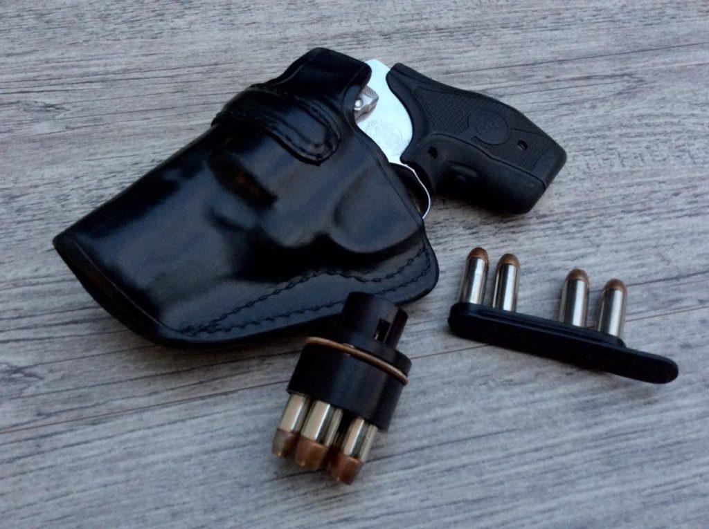 The Aker Model 160A IWB Holster - RevolverGuy Com